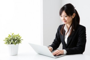 asian businesswoman working in the office